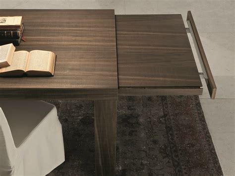 foto gambe aperte sotto il tavolo tavolo allungabile rettangolare by presotto industrie