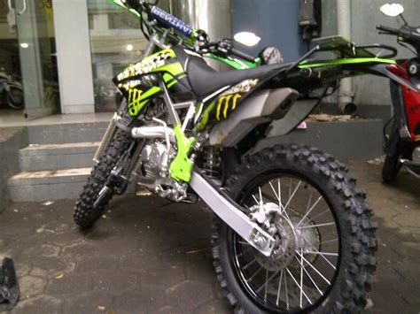 foto modifikasi motor trail klx otopacu