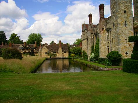 Cottage And Castles by File Hever Castle Cottages Moat Jpg