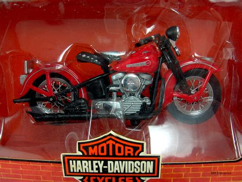 1 18 Maisto Harley Davidson 1948 Fl Panhead W Sidecar Diecast Model Mo harley davidson 1948 fl panhead 1 18 scale diecast motorcycle contemporary manufacture