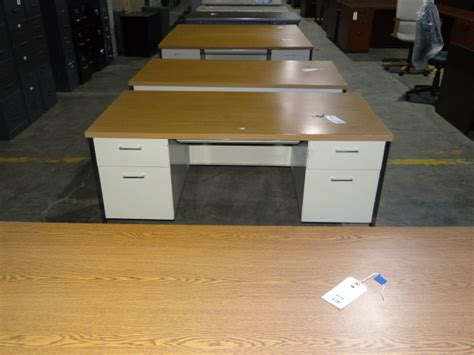 office furniture metal desk used metal desk used desks office furniture warehouse