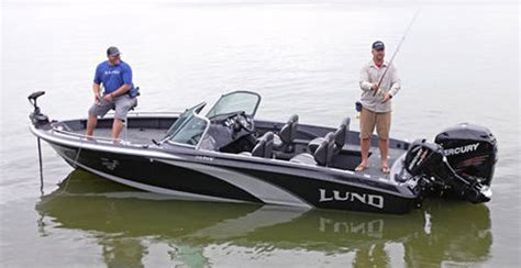 lund bowrider boats lund 219 pro v gl 2015 2015 reviews performance compare