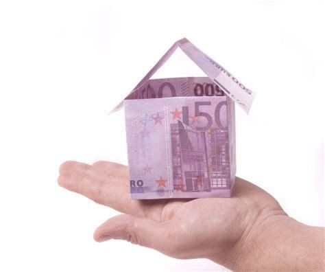 sospensione mutuo casa mutui sospensione prestito e surroga guadagno