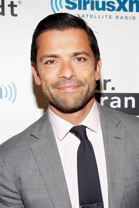 mark consuelos actor pics videos dating news mark consuelos photos photos kelly ripa co hosts dr