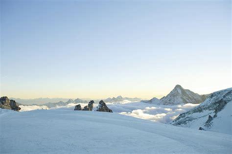 winterurlaub in den bergen hütte winterurlaub tirol 187 top skigebiete in tirol erleben tui