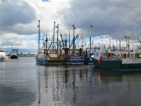 heyday boats for sale in california new bedford ma a grungy working port with literary and