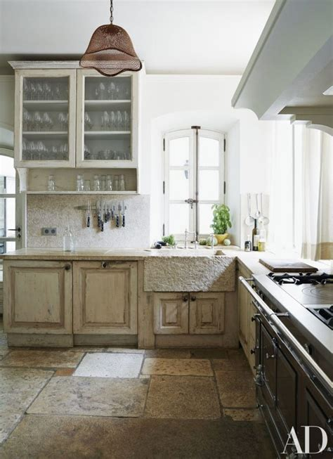 French Farmhouse Kitchen Design by Best 25 Provence Kitchen Ideas On Pinterest Kitchen