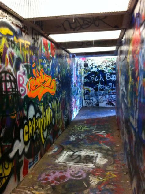 graffiti room graffiti room on