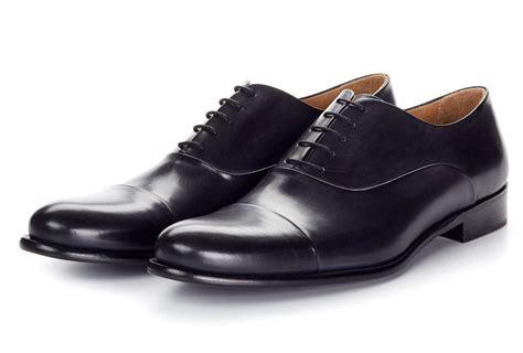 imagenes en movimiento de zapatos moda masculina cuatro estilos b 225 sicos para escoger