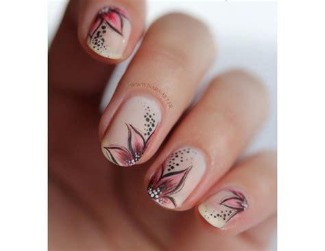 nail fiori unghie le nail floreali pi 249 della primavera