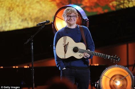 ed sheeran perfect night ed sheeran delivers pizza to brisbane fans daily mail online