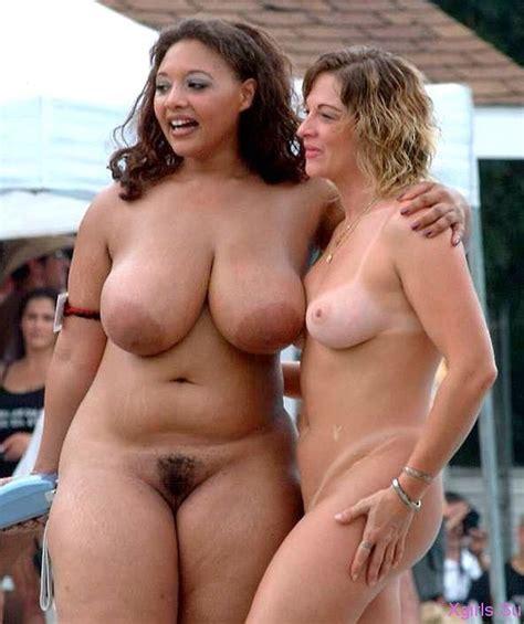 Толстые девушки фото на пляже с различных мест нашей планеты