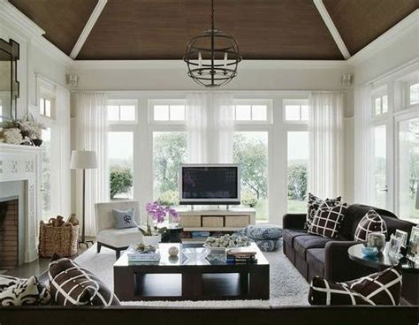 where to place tv in living room 78 images about tv in front of window on pinterest
