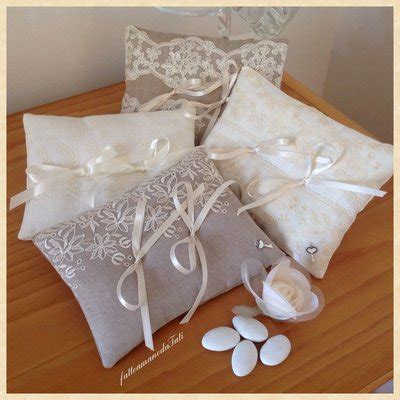 cuscini porta fedi cuscino porta fedi in lino bianco e pizzo feste