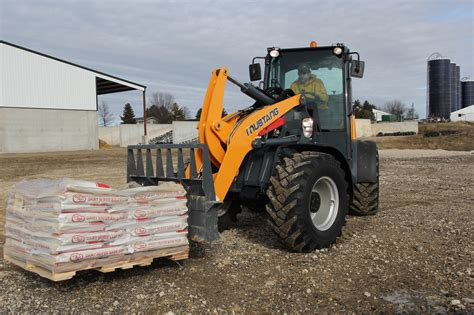 mustang gehl 608 650 708 750 are manitou s largest