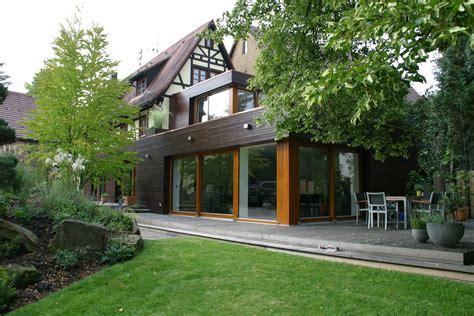 anbauten an alte häuser moderne anbauten anbau mit neuer terrasse umbau