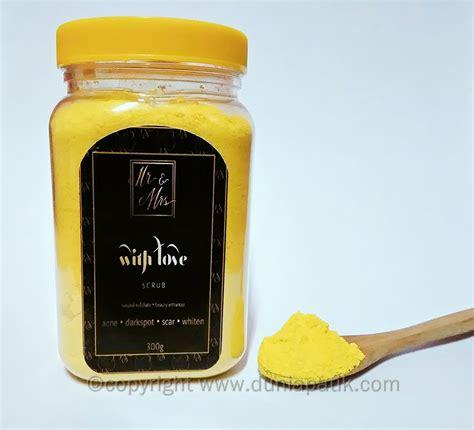 Produk Scrub produk kecantikan berasaskan kunyit dari mr mrs scrub with ahmad fauzi aryaan