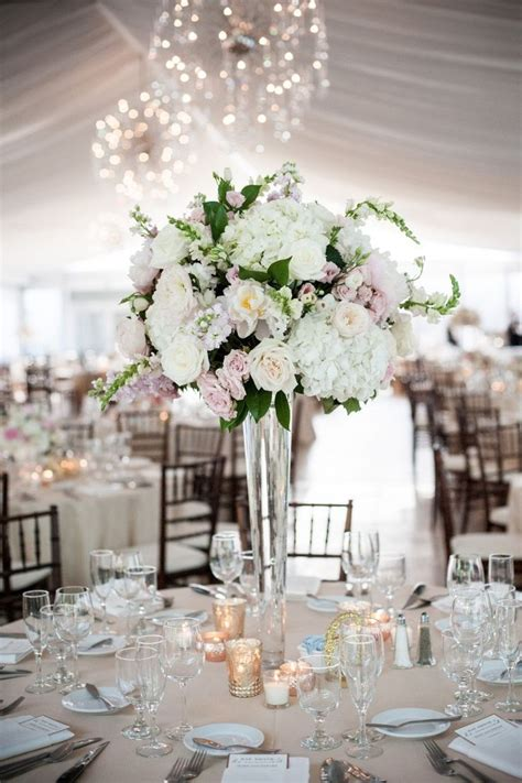flower arrangements centerpieces for weddings best 25 hydrangea wedding centerpieces ideas on