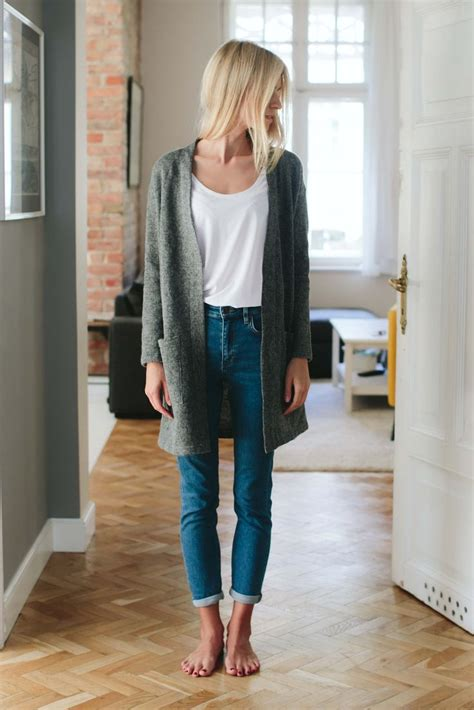 minimalist style 25 best ideas about minimalist clothing on pinterest