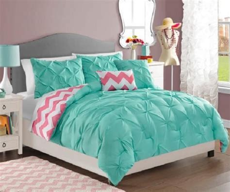 turquoise pink and white bedroom 25 best ideas about chevron comforter on