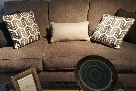 certificate   ashley sofa love seat  lapeer furniture flint mi auctions seize