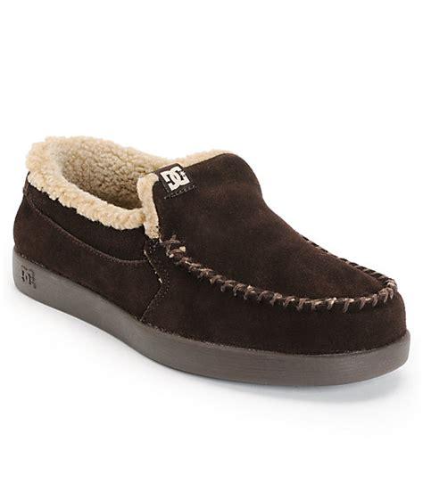 dc villain slippers dc villain le chocolate suede slippers zumiez