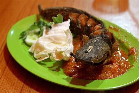cara membuat nasi uduk pecel lele resep sambal pecel lele spesial khas lamongan