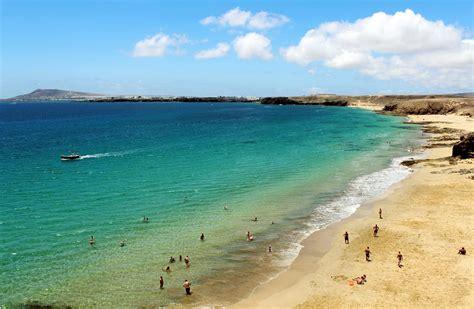 best beaches lanzarote the best beaches in lanzarote