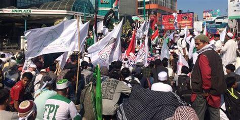 donald trump bela israel bela palestina massa di medan bakar bendera as israel dan