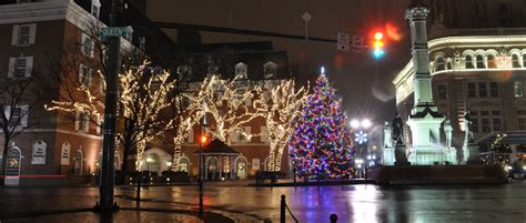 photo ops christmas lancaster pa lancaster pa one of the quot 10 best small towns for the holidays quot