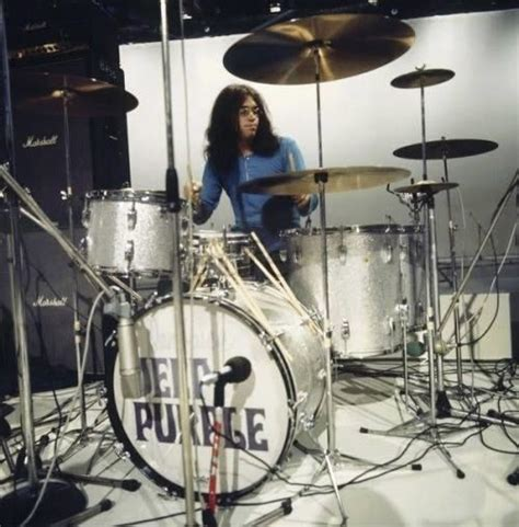 Tutorial Bass Tony Smith Advanced Bass Grooves ian paice drums foto musica bateria y