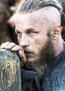 what is going on with travis fimmels hair in vikings travis fimmel history channel s vikings when they can
