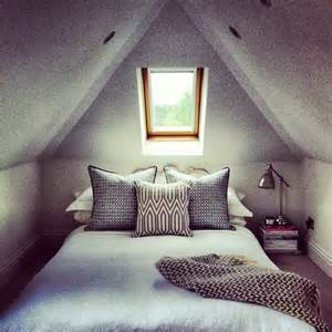 Attic bedrooms with slanted ceilings myideasbedroom com