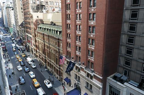 Garage Club Nyc by Club Quarters Hotel Midtown Manhattan Business Hotel Nyc