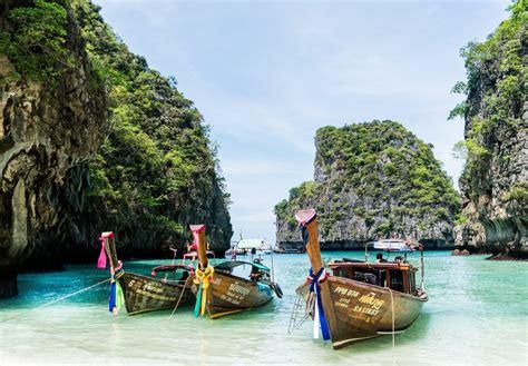 beaches  thailand  families  nation  moms