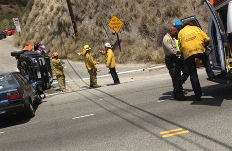 Traffic Accident On Pch - multi vehicle crash slows pch traffic at big rock news malibutimes com