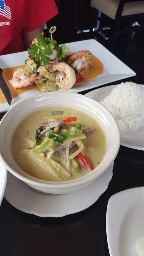Yum Yum Kitchen by Front Green Curry With Beef Back Grilled Shrimp With