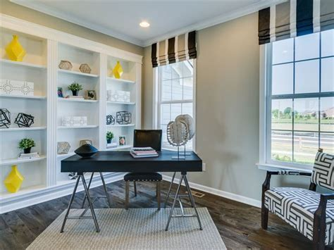 pin  michelle beyers   office home  homes