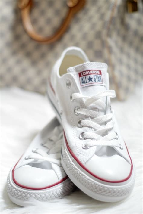 converse style sneakers 5 ways to style converse sneakers