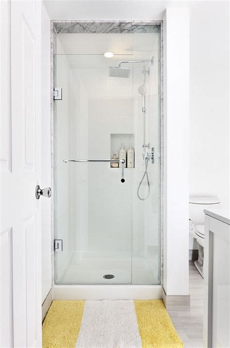 Shower Stall Ideas For A Small Bathroom The 25 Best Ideas About Small Showers On Pinterest Small Bathroom Showers Small Shower