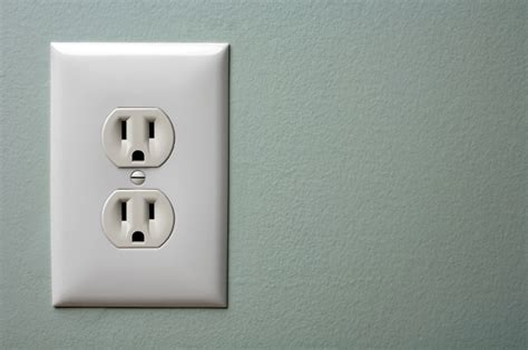 electrical outlet safety tips electrical outlets