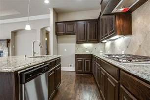 Kitchen Cabinets And Counters by Dark Kitchen Cabinets With Light Countertops 8298