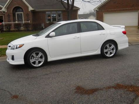 2013 Toyota Corolla Gas Mileage Sell Used 2013 Toyota Corolla Le Low Mileage In Plainfield