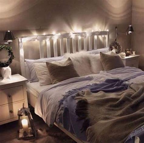 schlafzimmer ideen mit lichterketten grau die besten 25 schlafzimmer lichterkette ideen auf