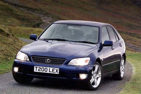 used lexus is 200 lexus is 200 1999 2005 used car review review car