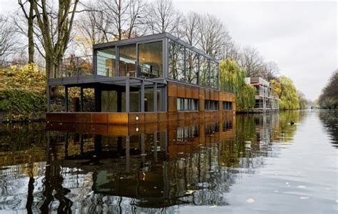 modern boat 5 amazing modern boat house designs small house design