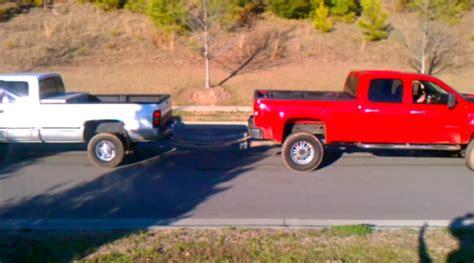 Dodge Ram Vs Chevy Silverado Tug Of War   Upcomingcarshq.com