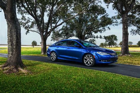 The New 2015 Chrysler 200 by The All New 2015 Chrysler 200 Sedan Charts A New Course