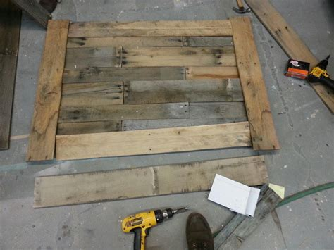 Easy Pallet Coffee Table Easy Diy Pallet Coffee Table 1 Removeandreplace
