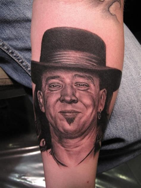 stevie ray vaughan tattoo 7 badass tattoos if you re slightly obsessed with stevie